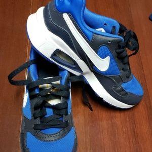 Nike youth air max